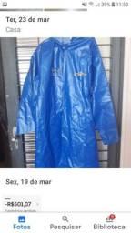 Uma Capa de chuva G tanto para Masc. Feminina