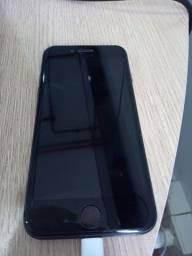 Título do anúncio: iPhone 8 128GB R$: 1000