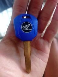 Título do anúncio: Vendo chave Hornet Honda virgem