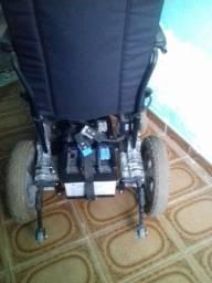 Título do anúncio: Cadeira de rodas elétricas