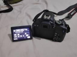 Câmera Canon T7i + 18-55mm + 50mm + bolsa + cartão