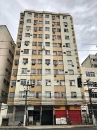 Apartamento 2 qt no Centro de Niterói