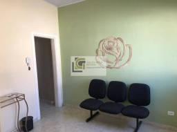 Título do anúncio: I-HT/Aluga-se Ótima Casa no Centro de Jacareí