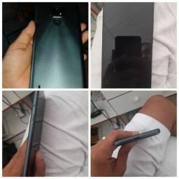 Vendo um celular Moto e 7 novo