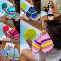 Título do anúncio: Chinelo Infantil Slide POP+ Brinquedo 1° linha/ Somente Neste Sábado/ Com Entrega