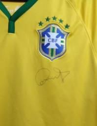 Camisa Seleção Brasileira autografada pelo Dunga o Capitão do tetra .