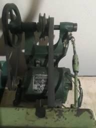 Título do anúncio: Torno mecânico bancada de correia joinvile 1metro de barramento