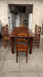 mesas em madeiras