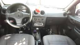 Celta 2011 vendo ou troco em outro carro ou moto mais volta obs.o carro tem parcela - 2011