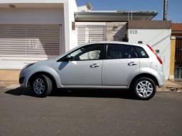 Fiesta Hatch 1.6 Flex-Completo-Nota Fiscal de Fábrica-Pneus Recém Colocados-Aceito Troca - 2013