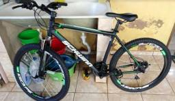 Mountain Bike Caloi Schwinn Aro 26 21 Marchas - Suspensão Dianteira Freio a Disco