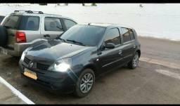 Clio hatch - 2004