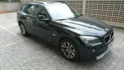 BMW X1 SDRIVE 18i 2.0 Aut. Gasolina - 2011