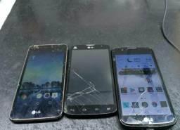 3 celulares da marca LG um funcionando e dois pra retirada de pessa