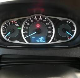 Vende Ford KA SE 2015 - 2015