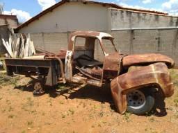 Vendo peças de Chevrolet Brasil 1960