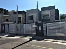 Sobrado com 3 dormitórios à venda, 130 m² por R$ 470.000 - Saguaçu - Joinville/SC