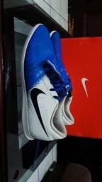 Nike Phatom Venom Club IC Semi-Nova