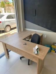 Kit escritório (Mesa nova / Armário -Apoio CPU) BARREIRAS BA