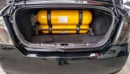 Fiesta sedan 1.6 com GNV 2014