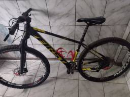 Bike first athymus aro 29