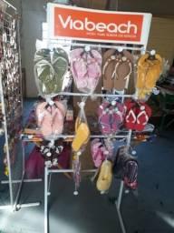 Vendo 2 Expositor de chinelos 50 Reais cada um