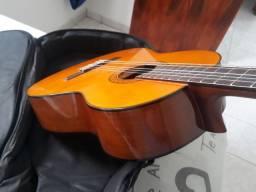 Título do anúncio: Vendo Violão Yamaha C70 em estado de zero com BAG.