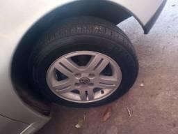 Troco essa roda 14 por 15 só de Paranavaí