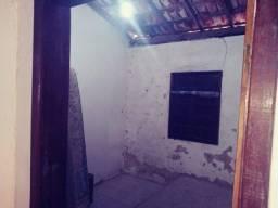 Título do anúncio: casa na localizada na itinga no precinho dois quarto sala cozinha area frente ..