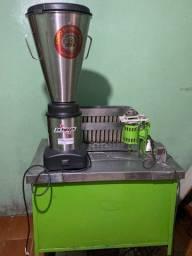 Máquina de fazer sorvete a álcool