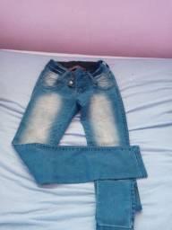 Vendo calças jeens e short