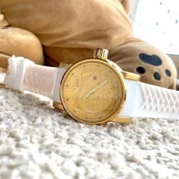 Relógio Yakuza com calendário