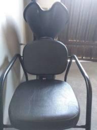 Cadeira de Barbeiro e lavatório