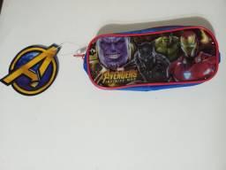 Estojo infantil  Marvel Vingadores