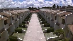 Casa Duplex em Condomínio Fechado com 3 suites e lazer na Lagoa Redonda