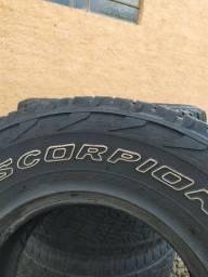 Vendo pneu  255/75 R15 pirelli