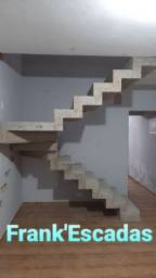 Título do anúncio: Escada de Concreto MACIÇO feito no local!