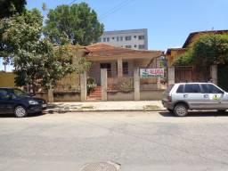 Título do anúncio: Casa Comercial para aluguel, 5 quartos, 2 vagas, Centro - Sete Lagoas/MG