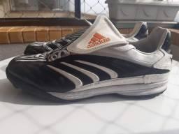 Chuteira Adidas - Futebol 7