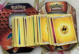 200 cartinhas Pokémon sortidas