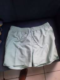 Short verde novo