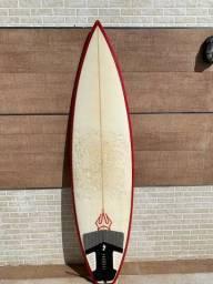 Prancha Reis Surf 6?2? com quilha e deck