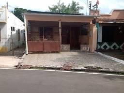 Casa com 4 suítes em Parintins