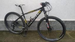 Título do anúncio: Bicicleta Bike MTB First 29 com kit Shimano XT