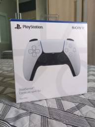 Controle PS5 lacrado.