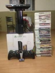 Vendo ou troco por PC Xbox 360 destravado com Kinect, 2 manetes sem fio, hd de 250 Gigas e