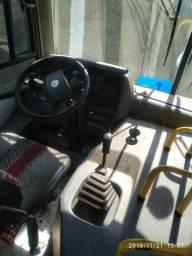 Micrão com 2 portas 25 lugares W.V Motor 151190 - 2009