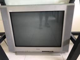 Tv com tubo