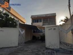 9885 - Casa p/venda no bairro Centro