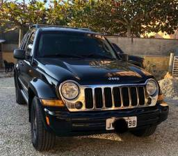 Vendo jeep cherokee - 2007